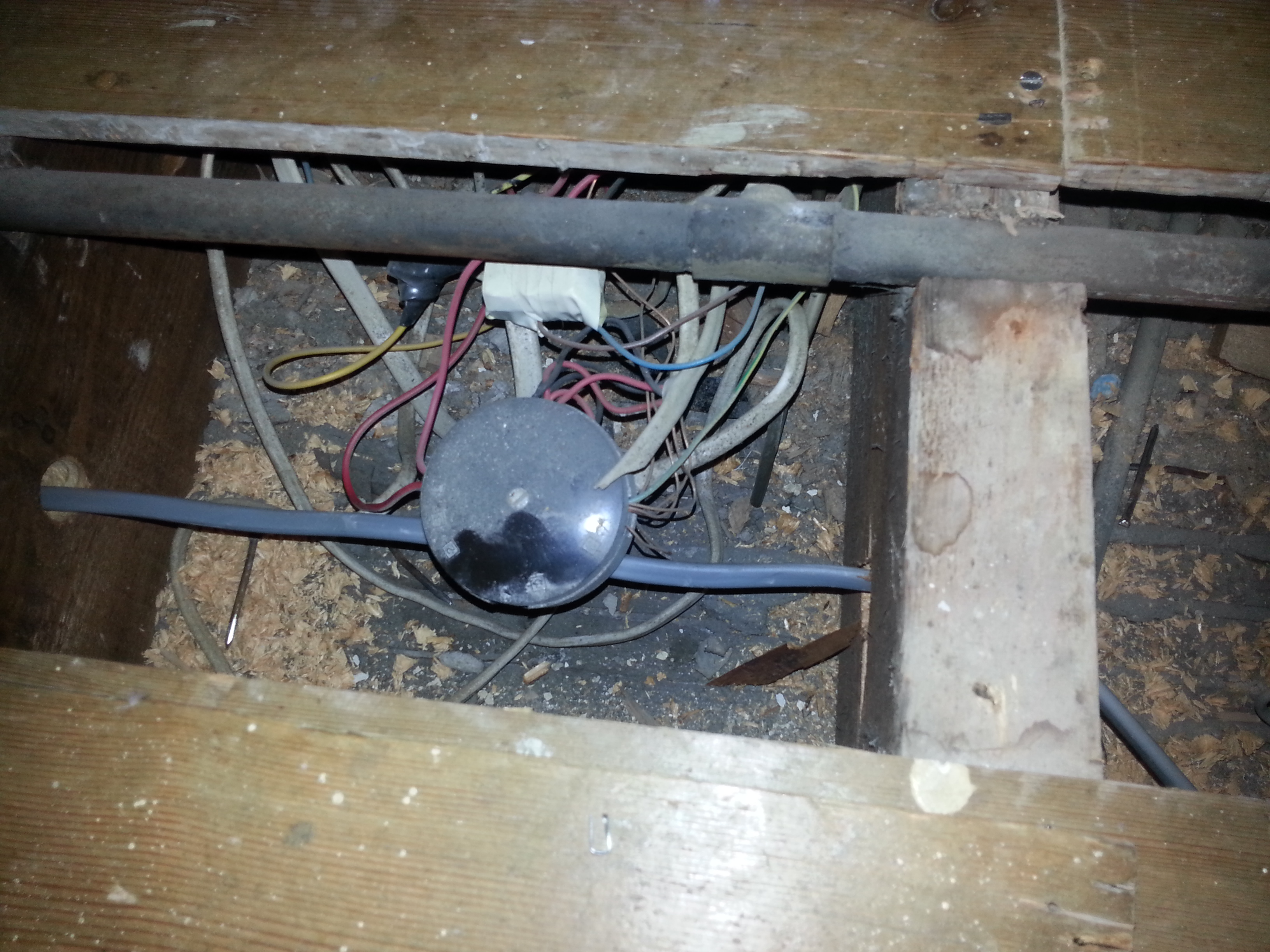 Fitting Junction boxes or not ! Screwfix Community Forum